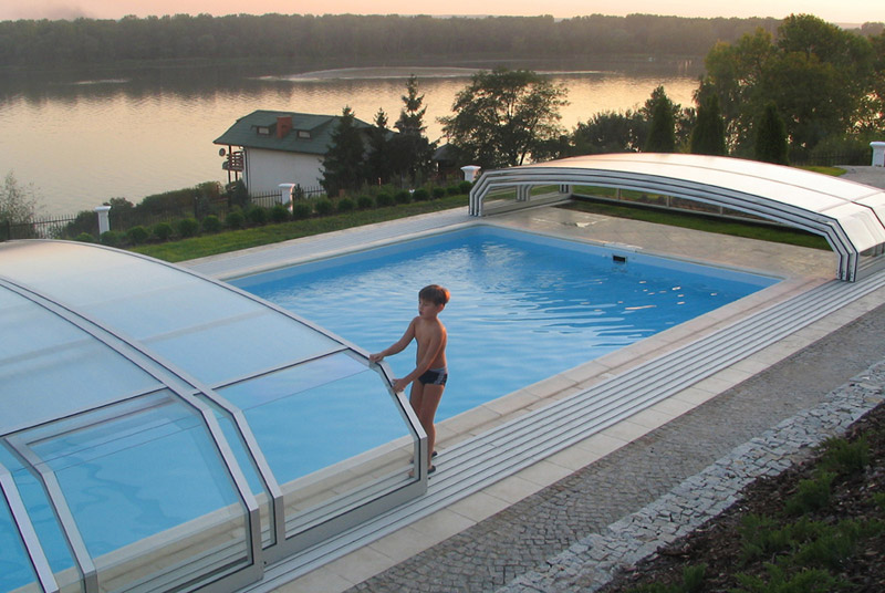 Avantajele acoperirilor pentru piscine