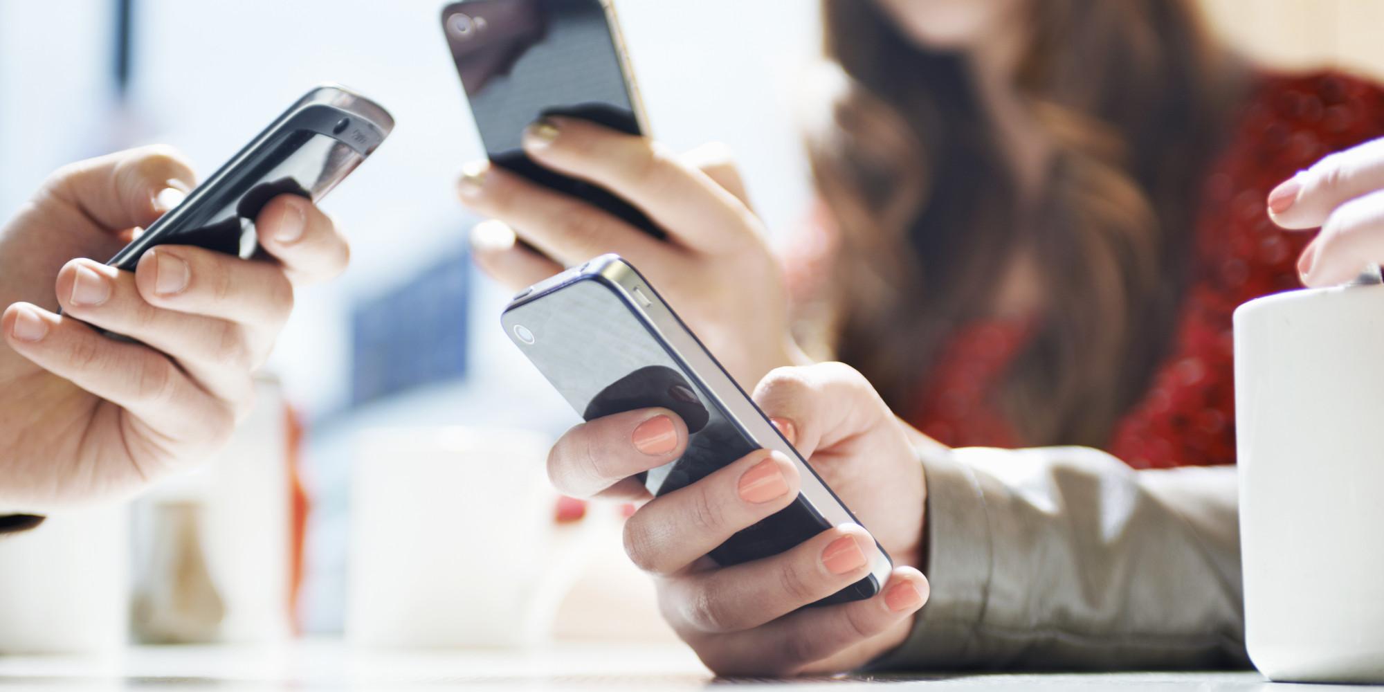 Piata de smartphone-uri este in crestere in 2016