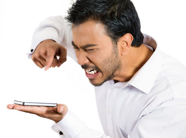 De ce se termina repede bateria la telefon?