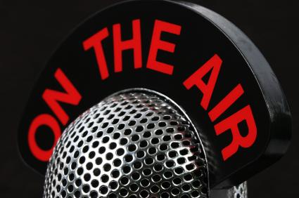 Cum putem deveni gazda unui talk show radio?