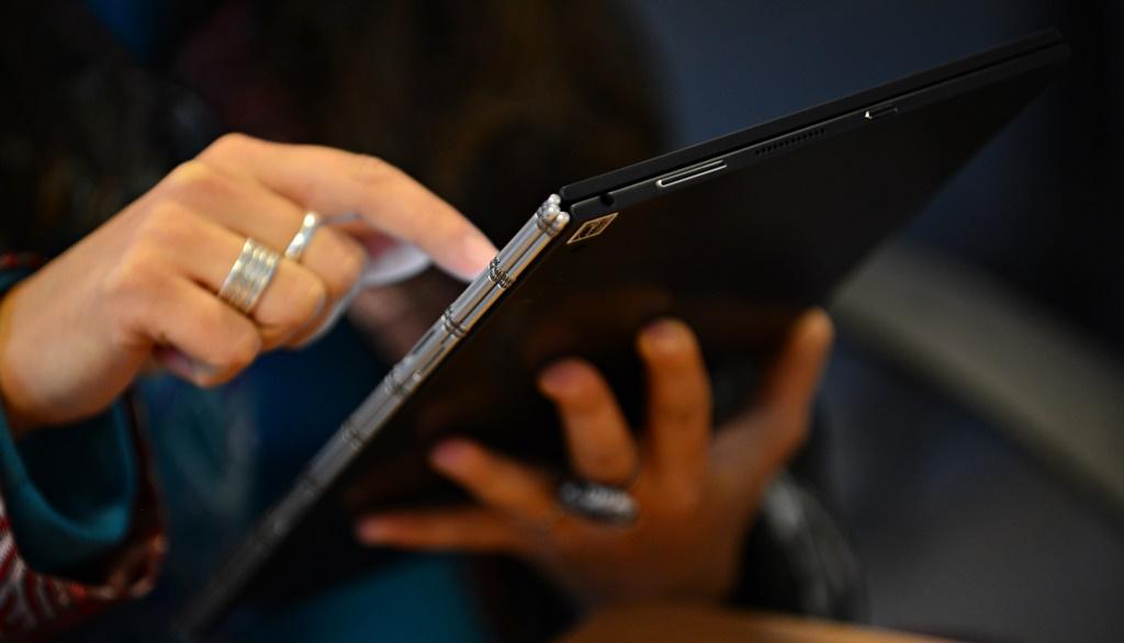 Cum a aparut touchscreenul?