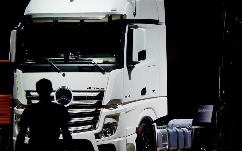camioane intre vanzare si trecerea la nivelul urmator