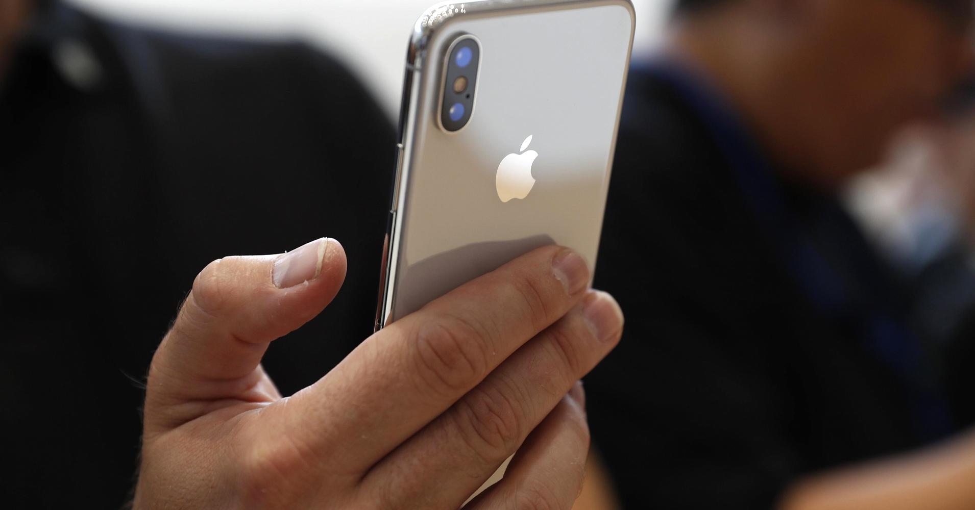 Accesorii utile pentru un iPhone X